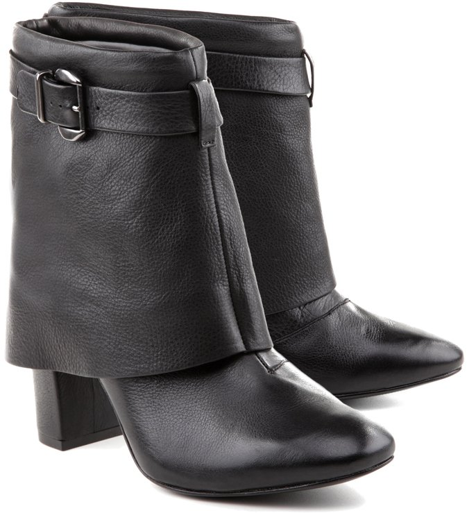 Bota Cape Black