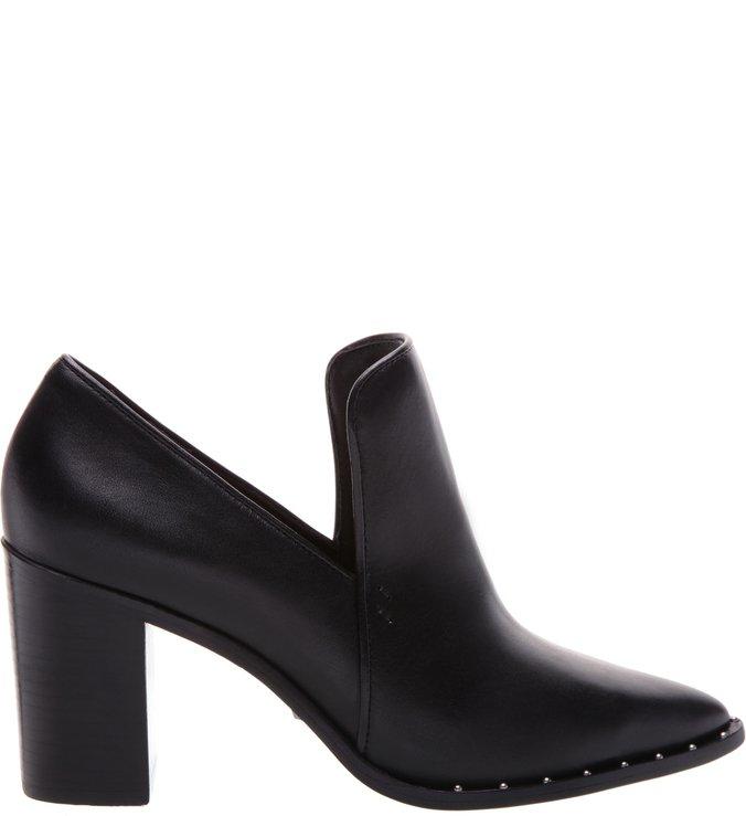 Classic Shoe Couro Preto Studs