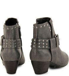 Ankle Boot Tachas Cinza