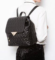 Mochila Triangle Matelassê Black