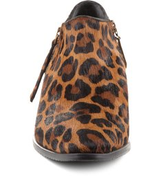 Bota Chillin Animal Print