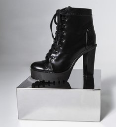 PRÉ-VENDA BEST SELLER Combat Boots Black