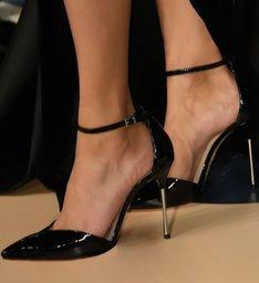 Scarpin Metallic Heel Verniz Black