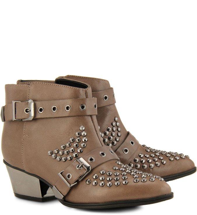 Ankle Boot Fivelas E Tachas Marrom