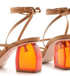 Sandália Salto Bold Acrilic Lace-Up Honey