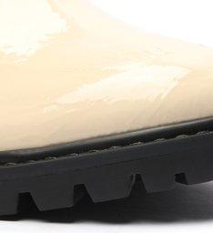 Sapato Oxford Tratorado Verniz Fivela Creme