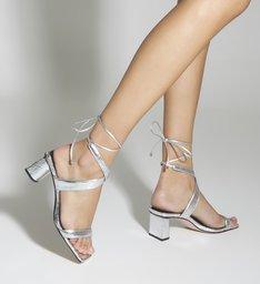 Sandália Block Heel Metallic Prata