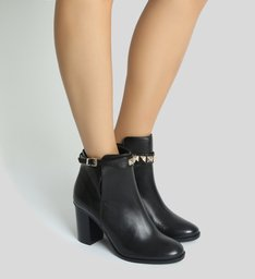 Bota Block Heel Studded Strap Black