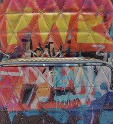 Mochila Matelassê Street Art