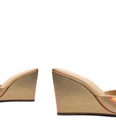 Sandália Mule Salto Anabela Couro Dourada Holográfica