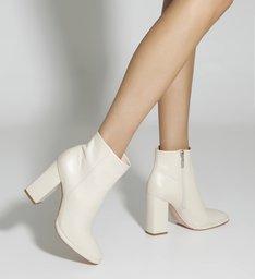 New Boot Evasê White