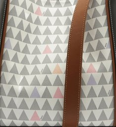 New Bucket Triangle Pearl