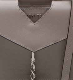 Crossbody Structured Chains Mouse