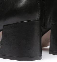 New Boot Evasê Black