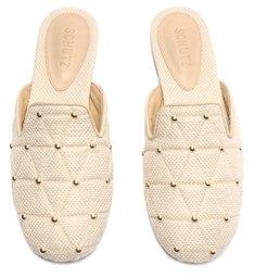 Sapato Mule Flat Matelassê Tachas Branco