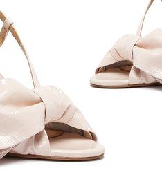 Sandália Salto Alto Laço Verniz Bege