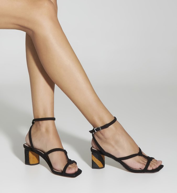 Sandália Block Heel Zebra Strings Black