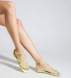 Sandália Rasteira Bico Quadrado Entrelaçada Verde Neon