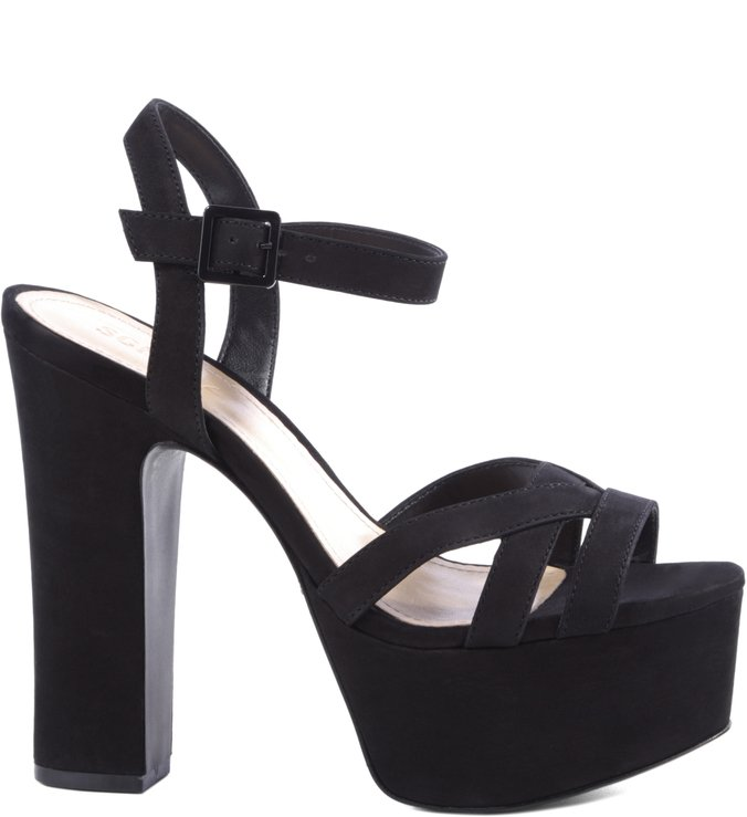Sandália Block High Heels Black