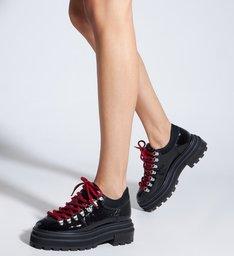 Sapato Tratorado Couro Verniz Preto